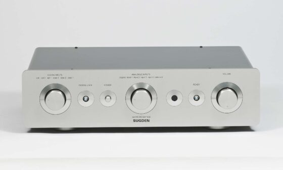 > Sapphire DAP-800 Digital Analogue Pre-Amplifier
